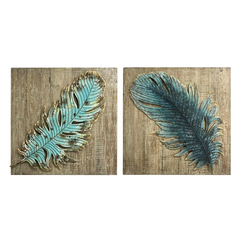 2 Piece Embossed Metal Feather Wall Décor Set