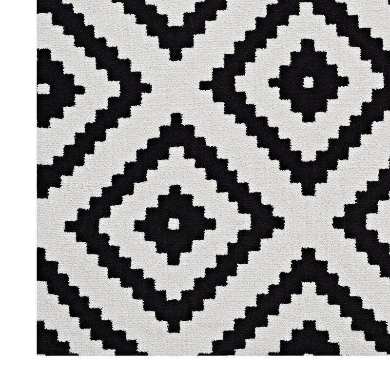 Thym Blackwhite Abstract Diamond Area Rug Reviews Allmodern