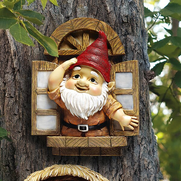Design Toscano Knothole Gnomes Window Gnome Garden Welcome