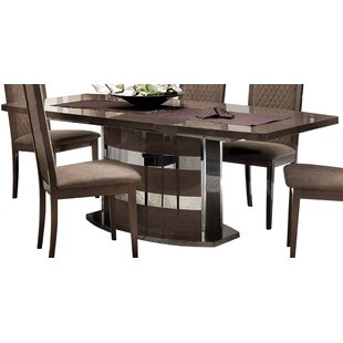 Jeterson Extendable Dining Table