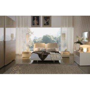 Diamond Platform Customizable Bedroom Set