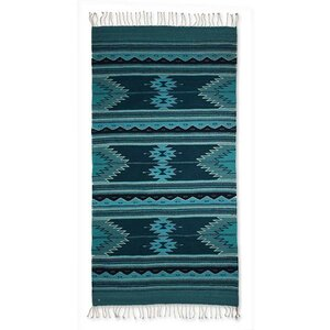 Geometric Hand-Crafted Blue Area Rug