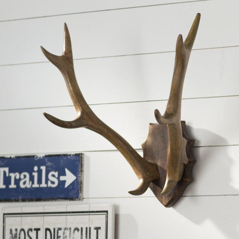 Wood Antler Mount Wall Décor