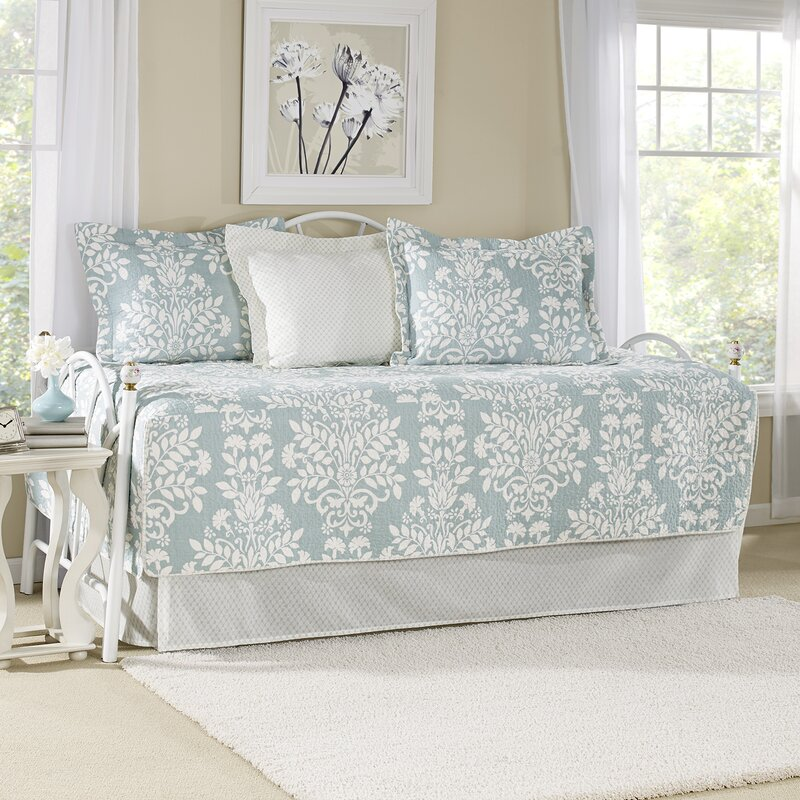 Rowland Breeze 5 Piece Twin Daybed Quilt Set By Laura Ashley Home