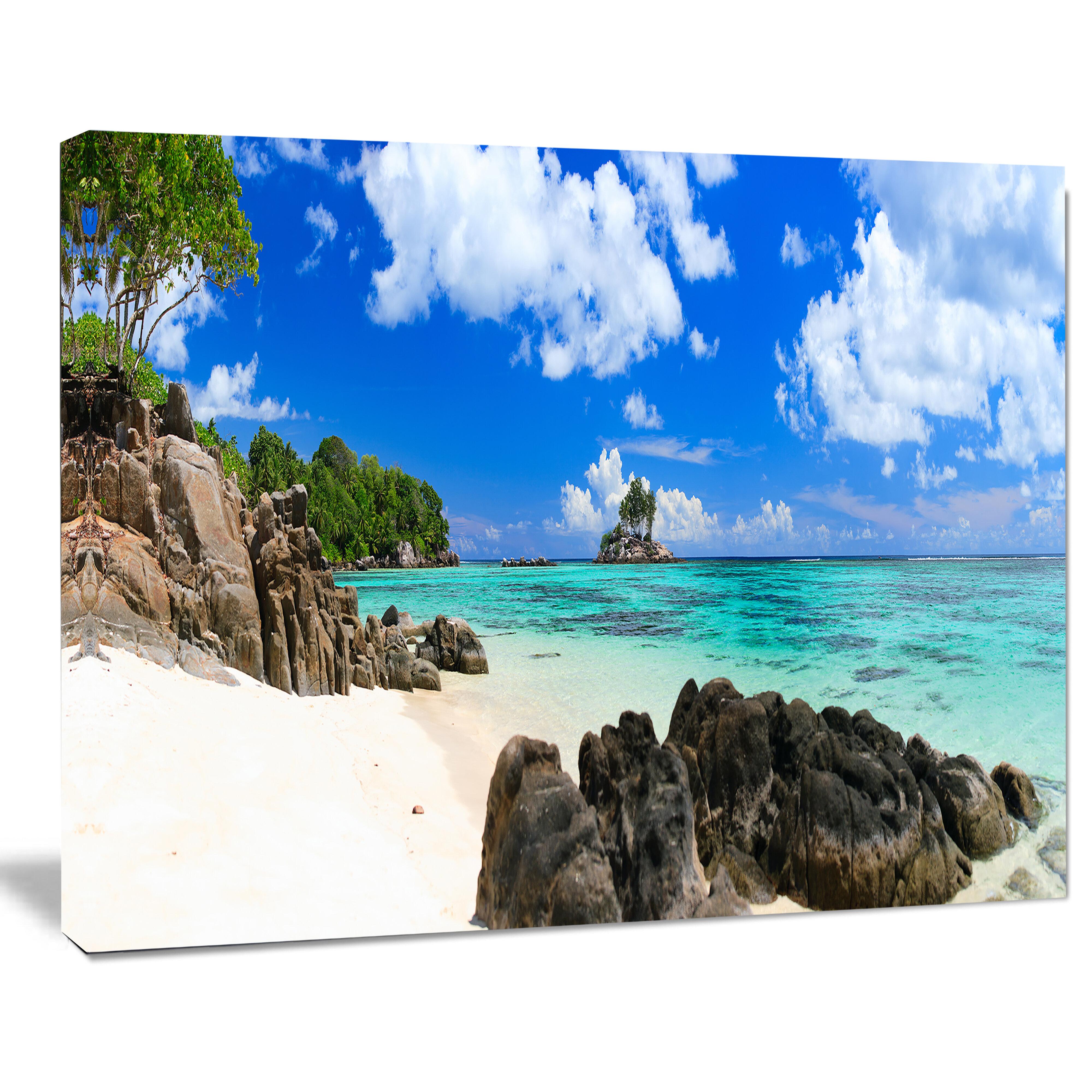 Seychelles Beach: DesignArt 'Ideal Beach In Seychelles' Photographic Print