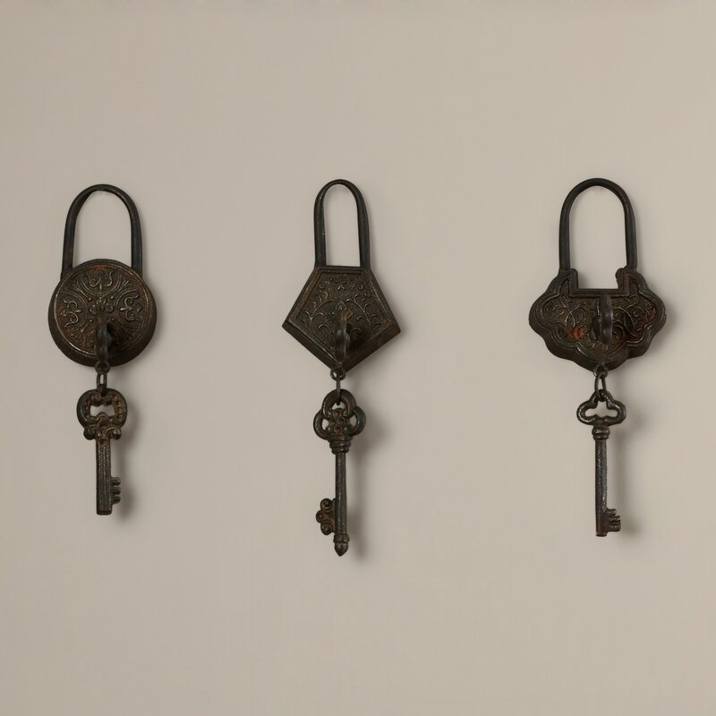 3 Piece Historic Key Wall Décor Set