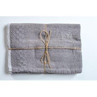Hotel Balfour Towels
