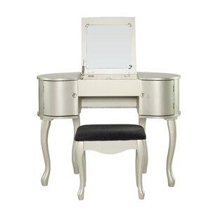 Rimmer Vanity Set With Mirror