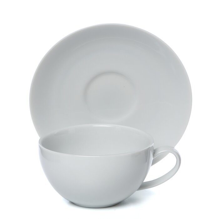 Royal Coupe White Oversized 10 Oz Teacup And Saucer