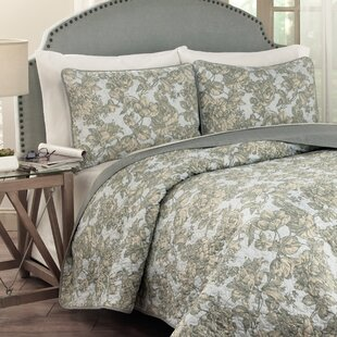 tulip toile 3 piece quilt set - Toile Bedding