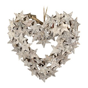 Heart Shaped Star 24cm Wreath