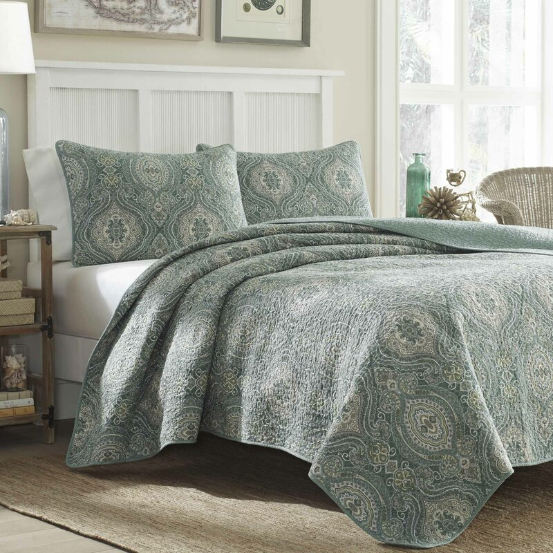 Quilts & Quilt Sets You'll Love | Wayfair : quilted bed cover - Adamdwight.com