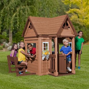 Pembrook Outdoor Wooden 6 17 X 5 42 Playhouse
