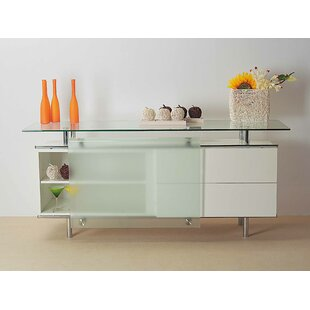 Rundle Buffet Table