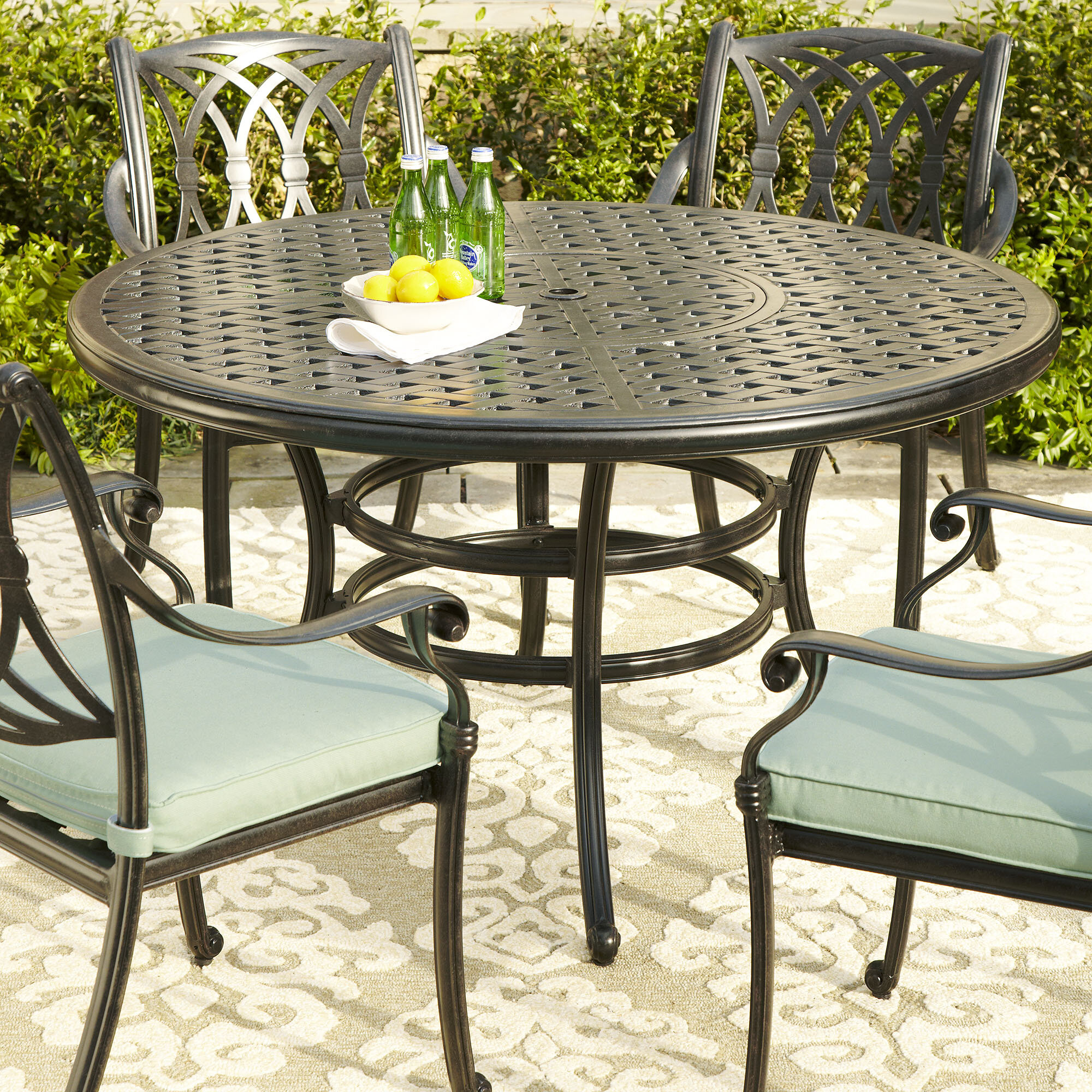 outdoor round dining table. Outdoor Round Dining Table S