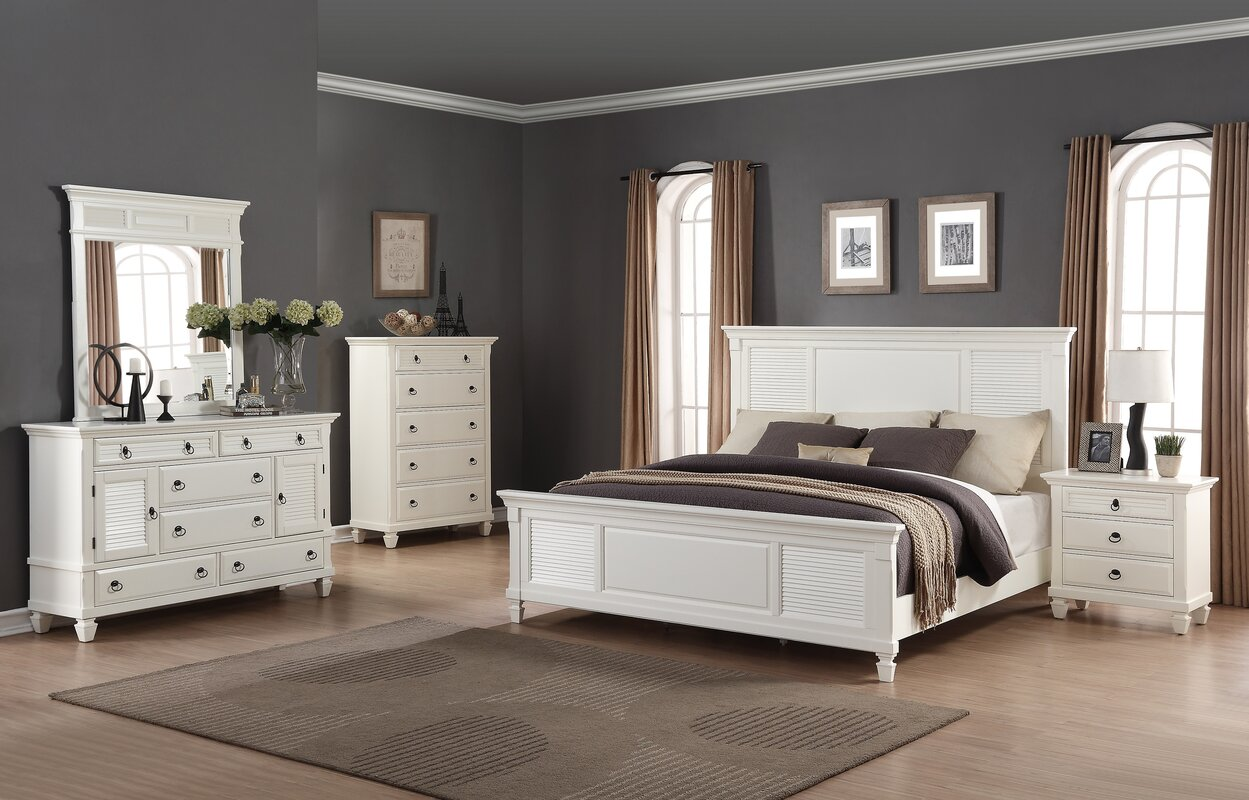 Regitina Queen Platform 5 Piece Bedroom Set