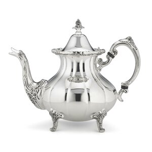 Burgundy 1.72 qt. Teapot