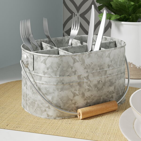 Wire Basket For Cutlery And Paper Plates - WIRE Center •