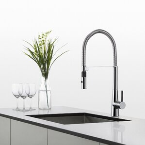 Kraus Crespo? Commercial Style Single Handle Pull Down/Pull Out Standard Kitchen Faucet with Dual-Function Sprayer