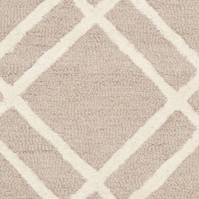 safavieh handgefertigter teppich mati aus wolle in beige elfenbein bewertungen. Black Bedroom Furniture Sets. Home Design Ideas