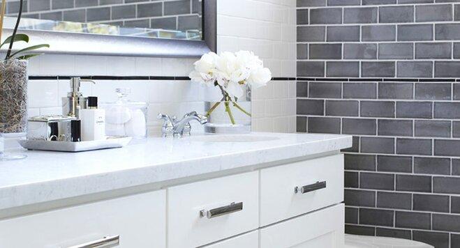 10 Essentials For Decorating A Bathroom Vanity