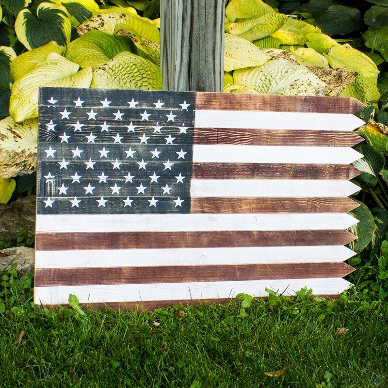 Outdoor Wooden American Flag Wall Décor