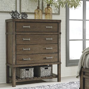 Belen 4 Drawer Chest by Loon Peak
