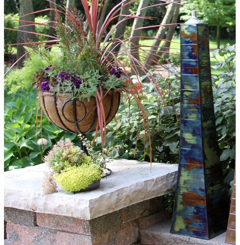 Aronwold Pyramid Garden Torch