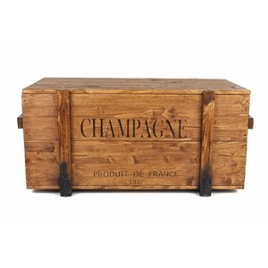 Frachtkiste Champagne aus Massivholz von UncleJoes