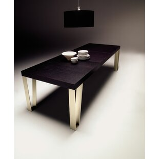 Kyte Dining Table