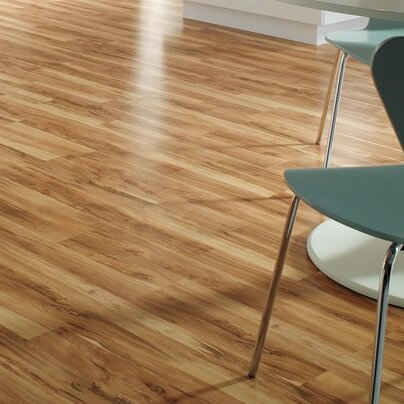 Quick Step Classic 8 X 47 X 8mm Maple Laminate Flooring In Flaxen