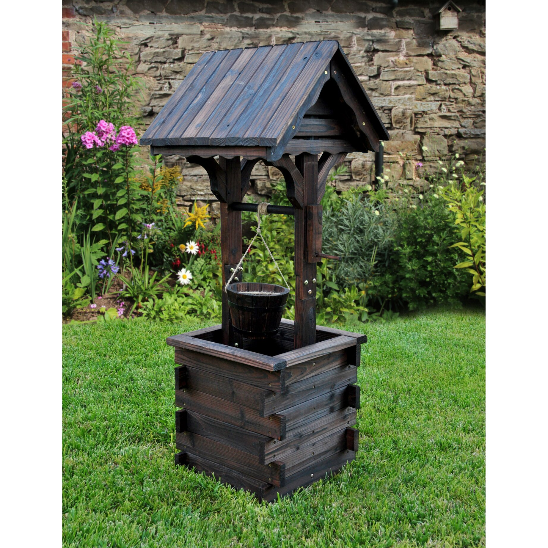Wishing well lawn ornament - Lawn Accent Wishing Well