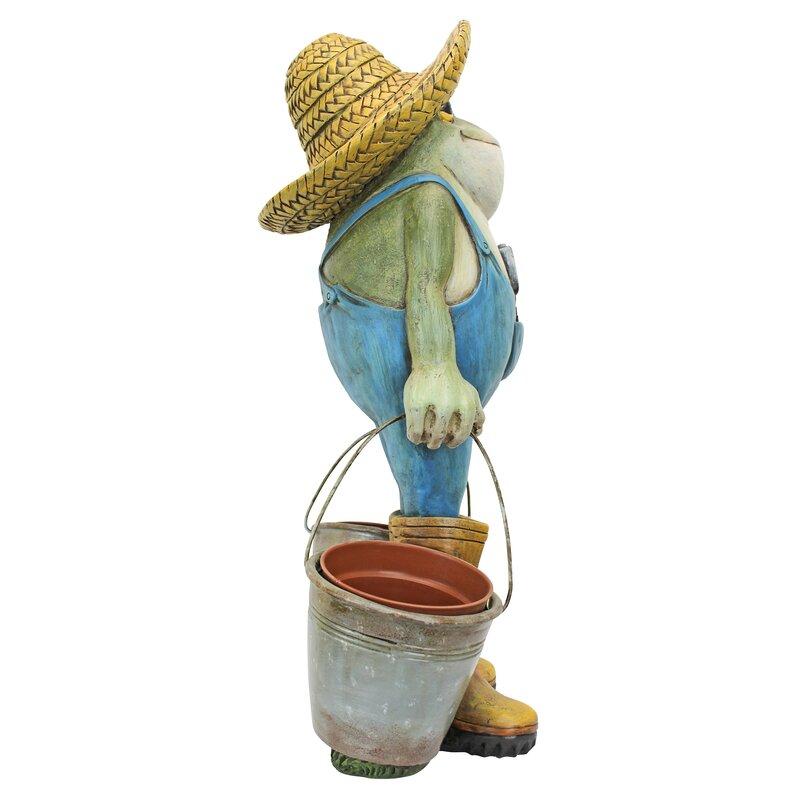 garden frog statue. Buckets The Garden Frog Statue