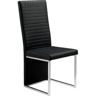 Charmant Neville Easy Chair