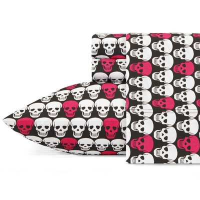 Skulls Sheet Set Betsey Johnson Size: Full
