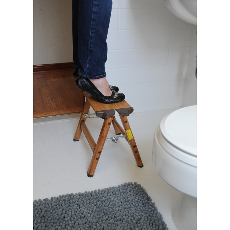 AmeriHome 1-Step Aluminum Lightweight Step Stool with 225 lb  Load Capacity