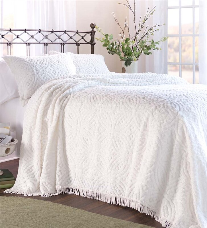 Plow Amp Hearth Wedding Ring Tufted Chenille King Bedspread
