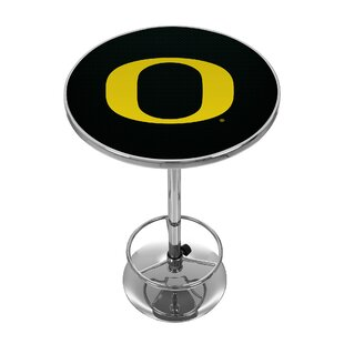University of Oregon Pub Table