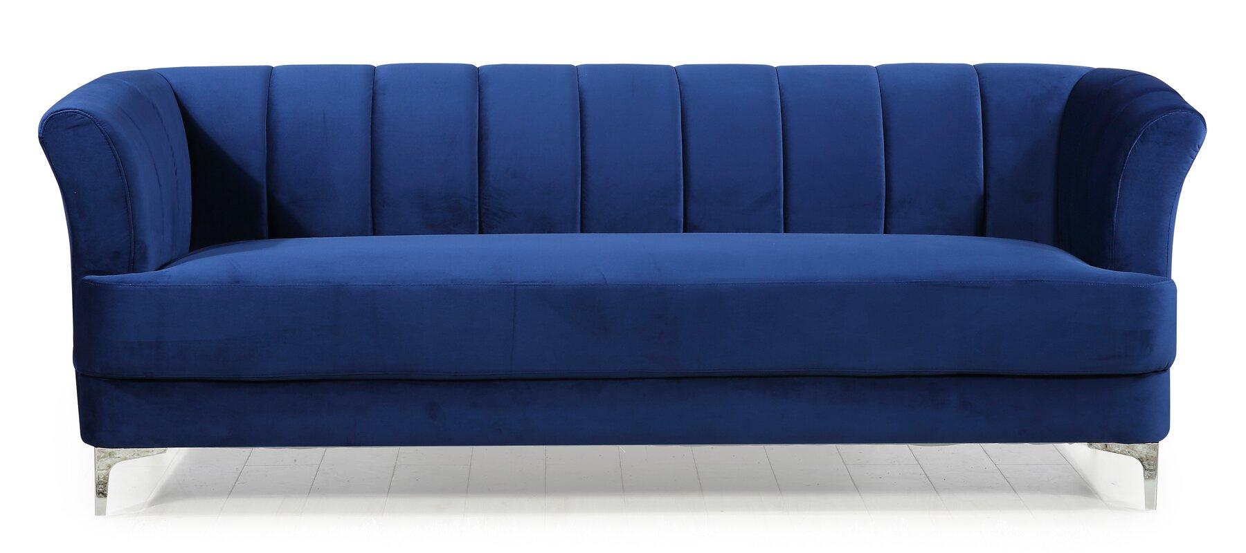 Danette Elegant Classic Chesterfield Sofa