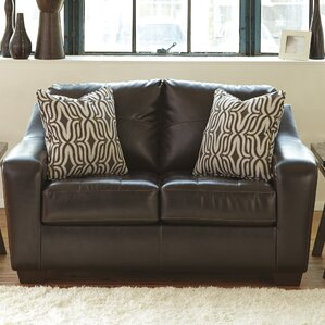 Coppell Loveseat by Benchcraft