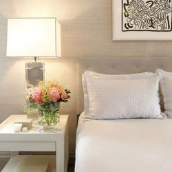 Create A Guest Room So Warm And Welcoming That Your Visitors Will Never Want To Leave It S Easy With Our Editors Best Decorating Ideas Must Have Items