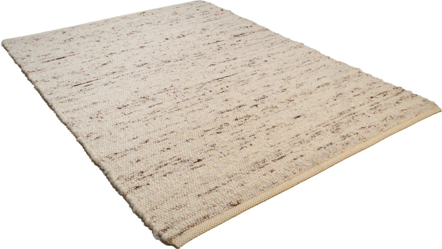theko handgefertigter schaffell teppich in beige. Black Bedroom Furniture Sets. Home Design Ideas