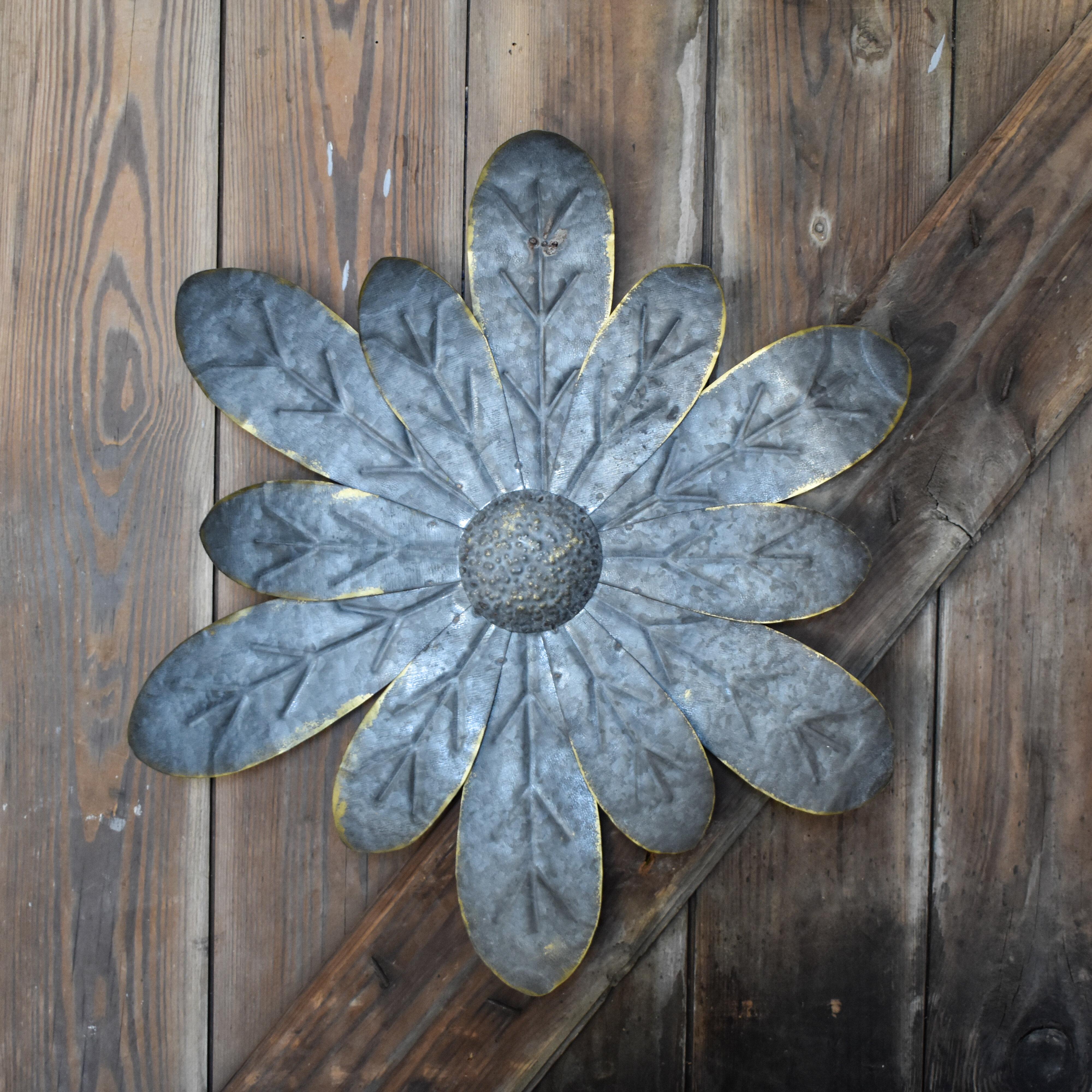 August Grove Metal Flower Zinnia Wall Décor & Reviews | Wayfair