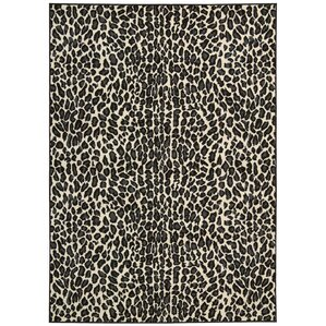 Great Colletta Ivory/Black Area Rug
