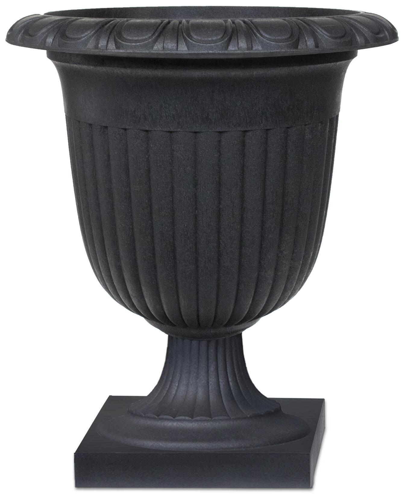 montgomerycaststoneurnplanterverde campania cast cfm international stone planter master product urn augusta hayneedle