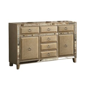 Isai Sideboard