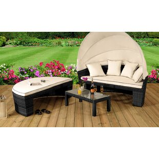 Rebeca Garden Daybed with Cushions by Lynton Garden