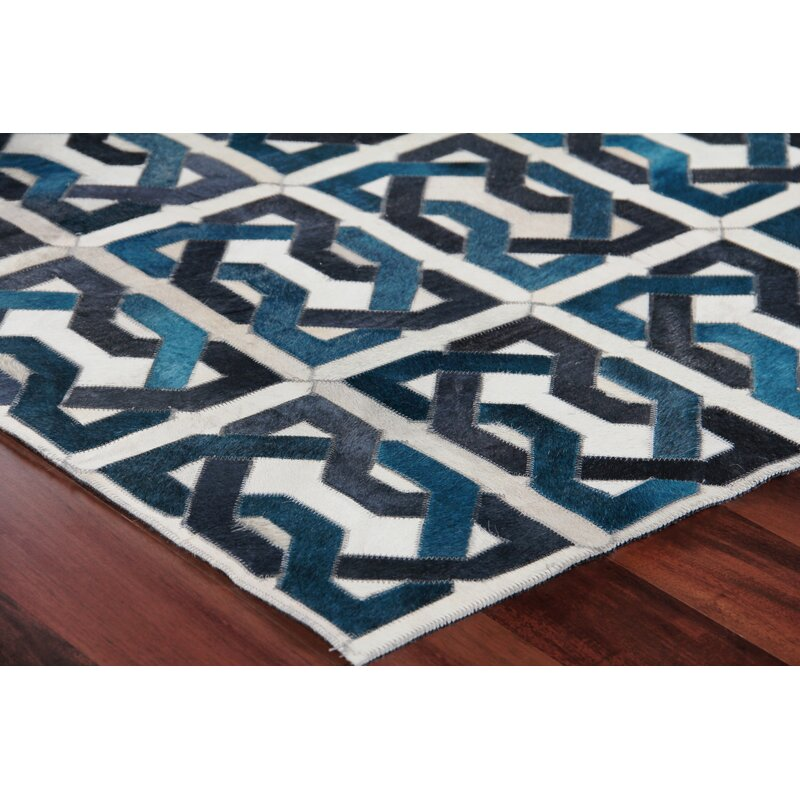 Exquisite Rugs Natural Hide Leather Hand-Woven Teal/Black