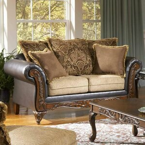 San Antonio Loveseat by Roundhill Furn..