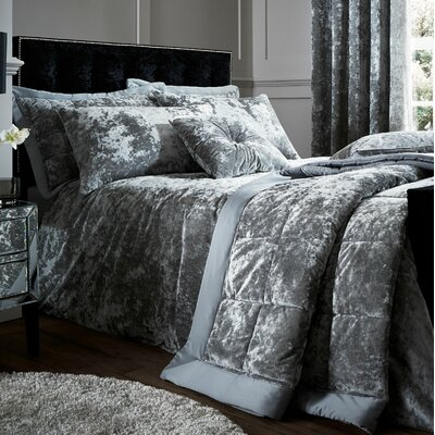 duvet covers duvet sets bedding sets. Black Bedroom Furniture Sets. Home Design Ideas